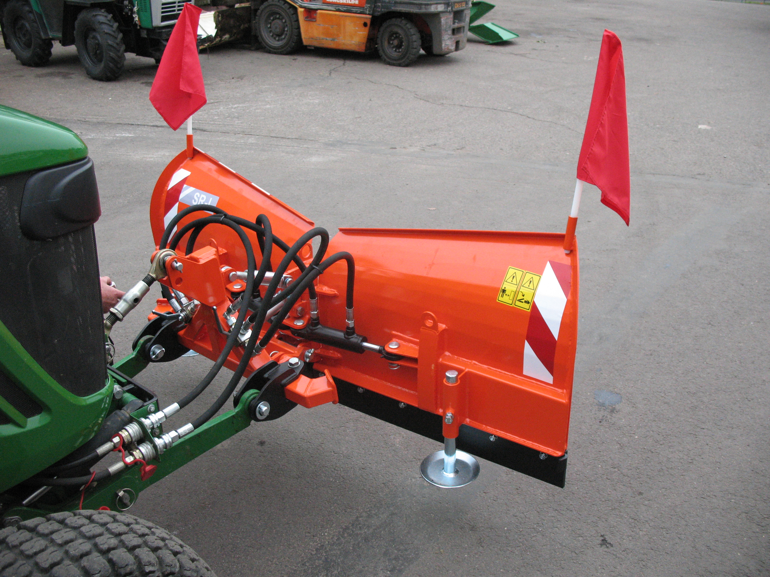 Lightweight swept plough SR-L